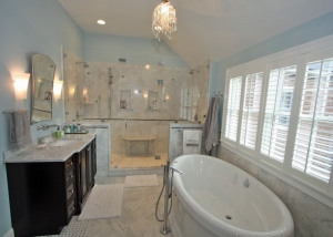 bathroom design with crystal chandelier