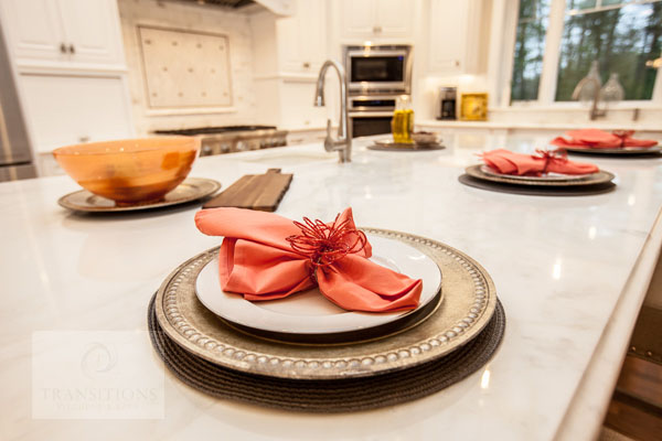 kitchen design with festive tableware