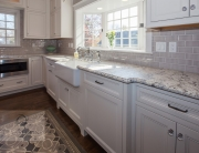 Kitchen design with farmhouse sink