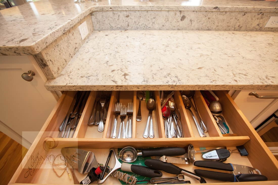 cutlery drawer storage