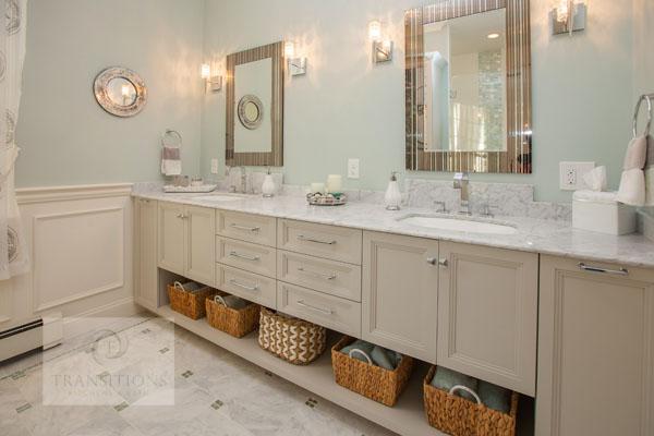 Bathroom design with coastal glass