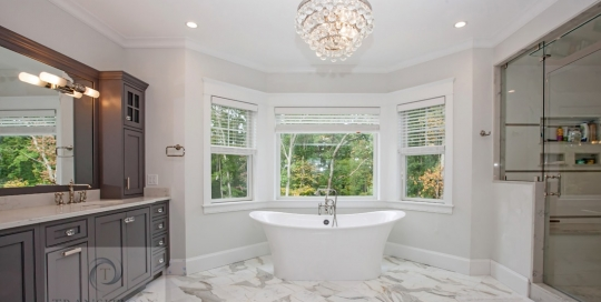 Large master bath design