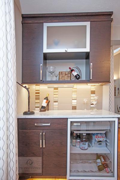 Kitchen design with beverage bar