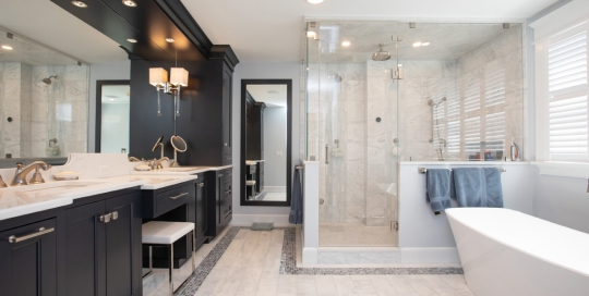 large contemporary bathroom design
