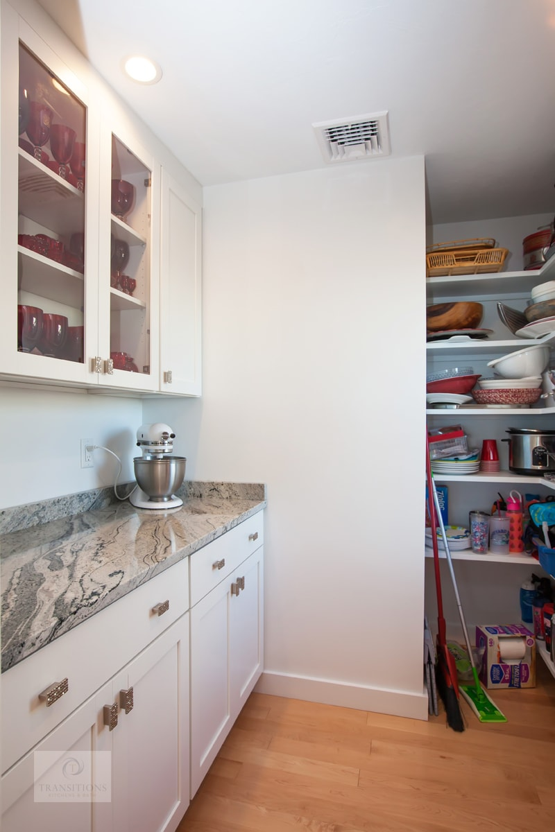 walk in pantry storage