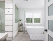 bath design with freestanding tub