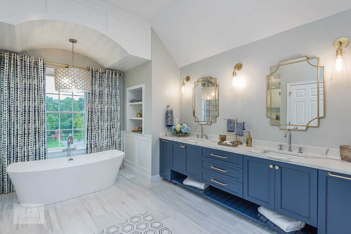 bath design with colorful curtains